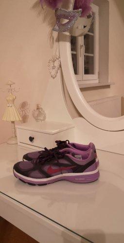 Nike Sneakers met veters lila-violet