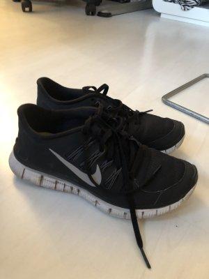 Nike Laufschuhe Gr. 37/38,5