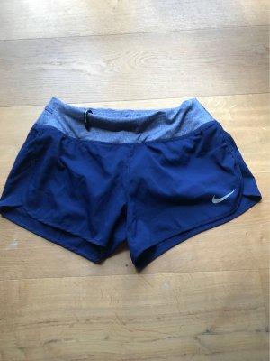 Nike Laufshorts