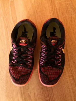 Nike Lunartempo Laufschuhe Größe 7.5