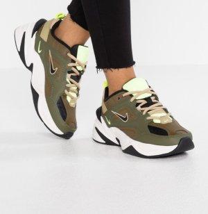 Nike m2 tekno