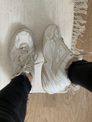 Nike m2k tekno beige