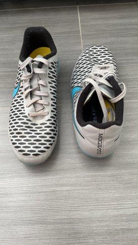 Nike Magista Fußballschuh
