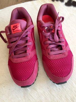Nike MD RUNNER Gr. 40/41