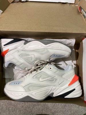 Nike NEU M2k Tekno Gr 39