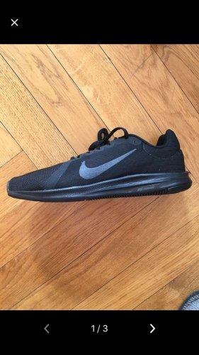 Nike neue Sportschuhe