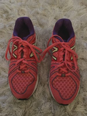 Nike - New Balance - Laufschuhe (39)