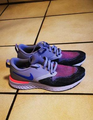 Nike Odyssey React Damen Sportschuh