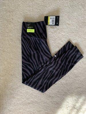Nike One tigh fit Leggins Leggings S 36 schwarz lila flieder NEU