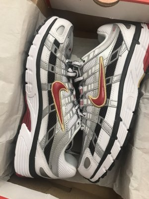 Nike p6000 silver/red
