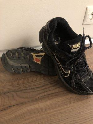 Nike Pegasus 40.5