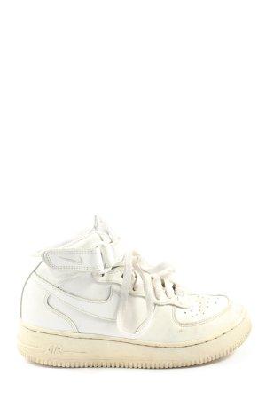 Nike Plateausneaker weiß Casual-Look