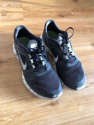 Nike Pro Free Run 3