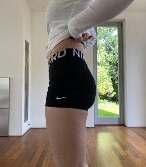 Nike Pro Sporthose kurz