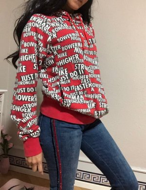 Nike Pullover Sweatshirt gedruckt mit verschiedenen Logos. (Gr.M/fällt XS aus)