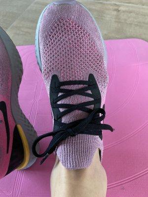 Nike React Laufschuh 39