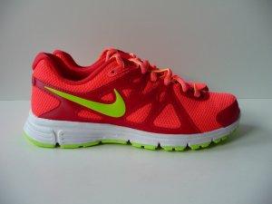 Nike Revolution 2 Größe 37 1/2, Neu! Ladenpreis 59 Euro
