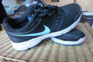 Nike Revolution EU Gr. 40, 25.5 cm