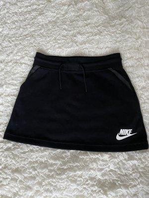 Nike Rock