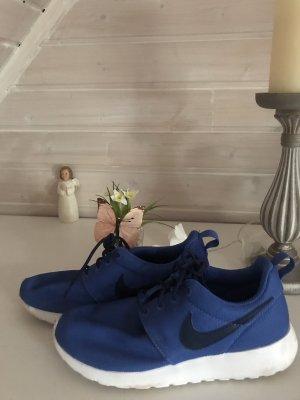 Nike rosh run gr. 38