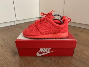 Nike Roshe One DMB Sneaker