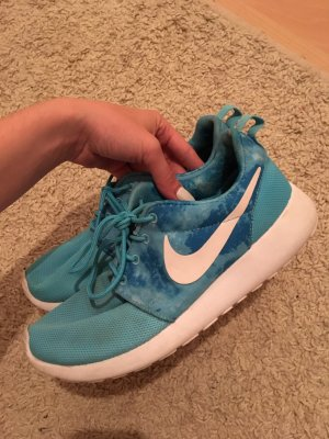 Nike Roshe Run hellblau
