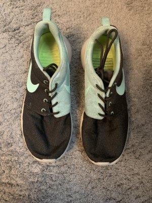 Nike Roshe Run khaki / türkis