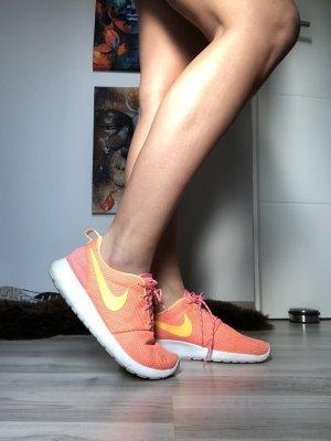 Nike - ROSHE RUN - Orange