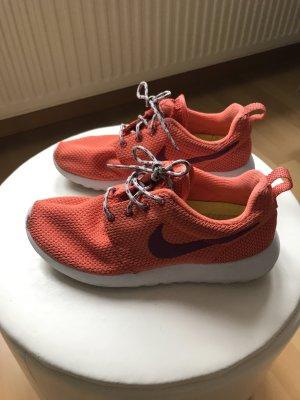 Nike Roshe Run Orange