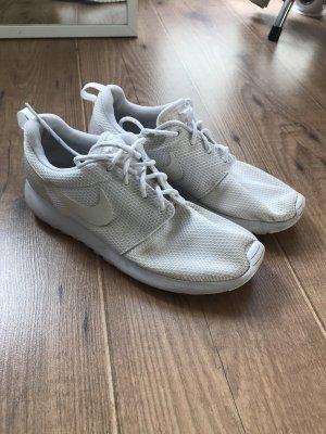 Nike Roshe weiß Gr.39