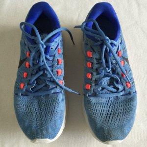 NIKE RUNEASY Turnschuhe Schuhe Gr. 39 hellblau pink Damen