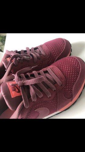 Nike Runners Sneaker Gr. 37,5