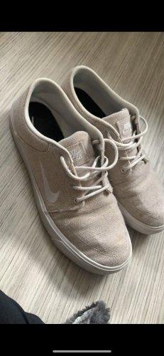 Nike SB Beige