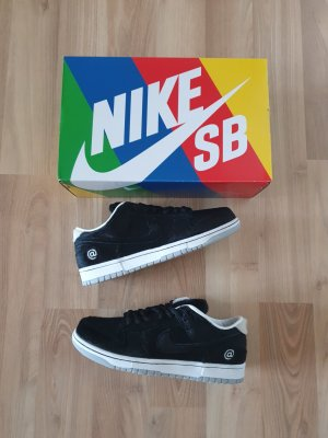 "Nike SB Dunk Low OG ""Medicom"" Eu.42 Us.8,5"