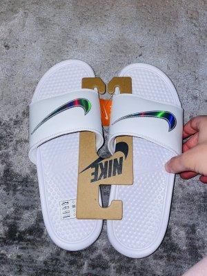 Nike schlapfen neu 43 Damen