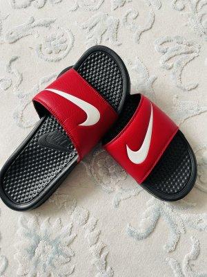 Nike schlapfen neu Sommer 42,5