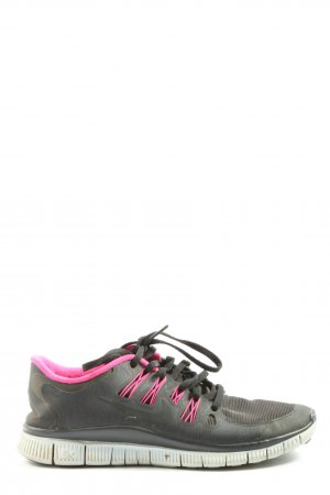 Nike Lace Shoes camouflage pattern casual look