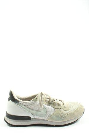Nike Schnürsneaker creme-weiß Casual-Look
