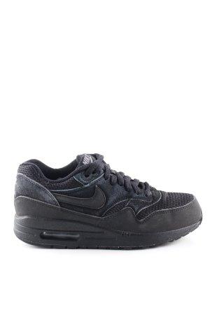 Nike Sneakers met veters zwart casual uitstraling