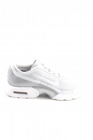 Nike Lace-Up Sneaker light grey-white casual look