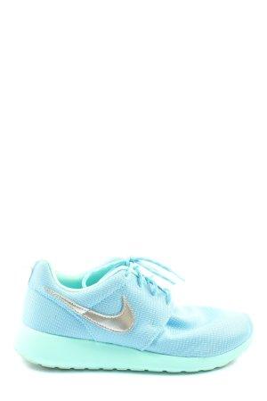 Nike Schnürsneaker blau-silberfarben sportlicher Stil