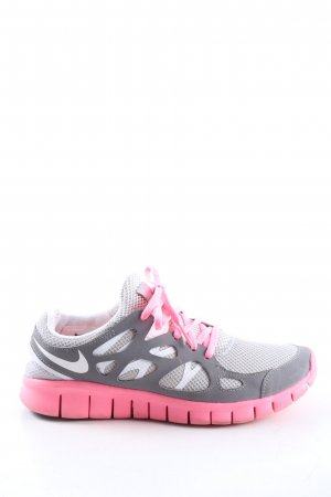 Nike Schnürsneaker hellgrau-pink sportlicher Stil
