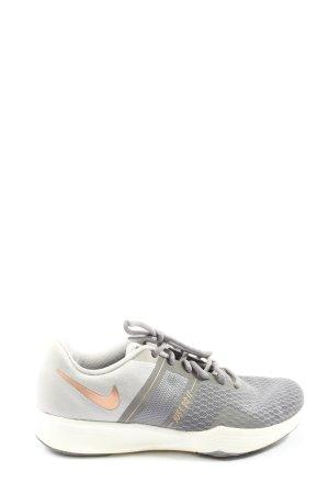 Nike Schnürsneaker hellgrau-creme Schriftzug gedruckt Casual-Look