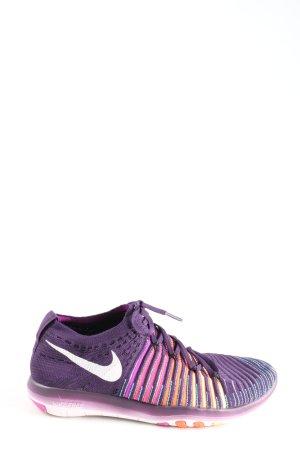 Nike Schnürsneaker Streifenmuster Casual-Look