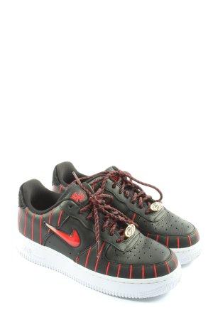Nike Schnürsneaker schwarz-rot Schriftzug gestickt Casual-Look