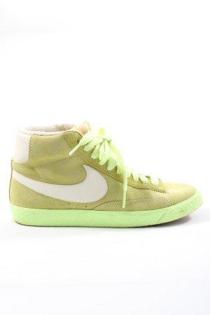 Nike Schnürsneaker blassgelb Casual-Look