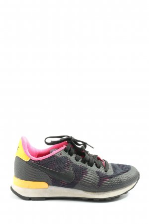 Nike Schnürsneaker schwarz-blassgelb Casual-Look