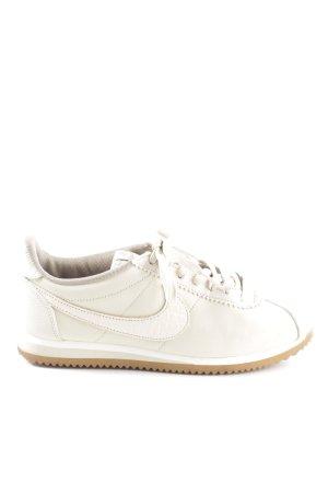 Nike Zapatilla brogue blanco look casual