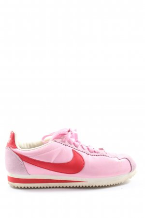 Nike Schnürsneaker pink-rot Casual-Look