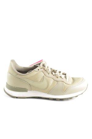 Nike Schnürsneaker creme-khaki sportlicher Stil